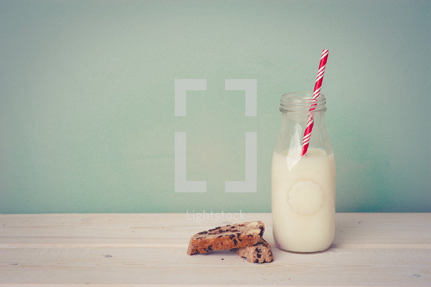 milk, straw, and cookies