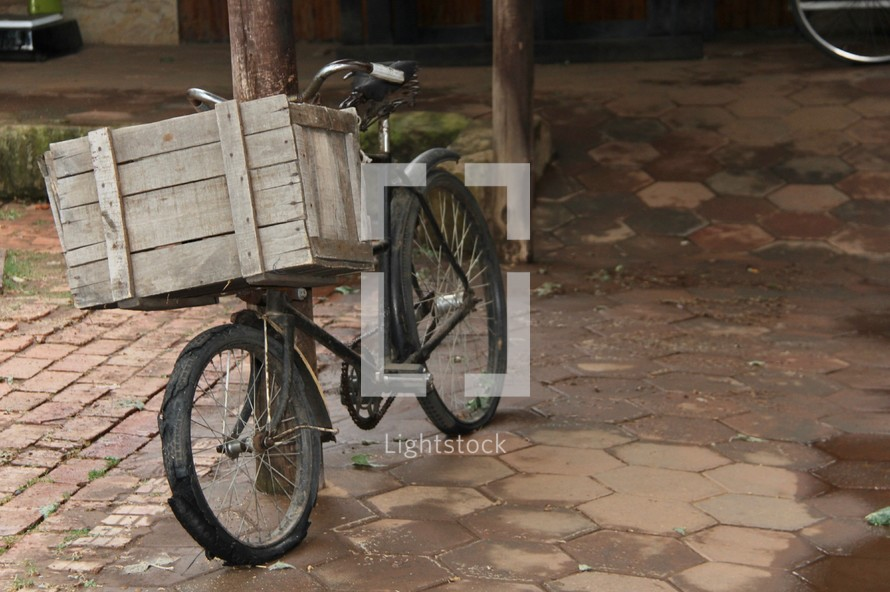 wooden basket on a bicycle