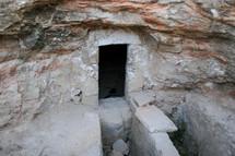 empty tomb in Jordan