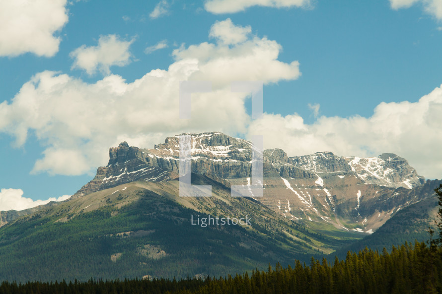jagged mountain peaks