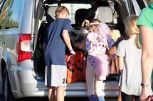 kids trick-or-treating at trunk-or-treat