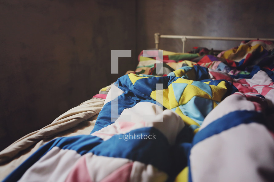 messy bed covers