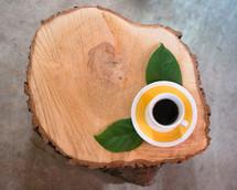 leaves, mug, coffee, saucer, log, cut wood, tree rings, stump