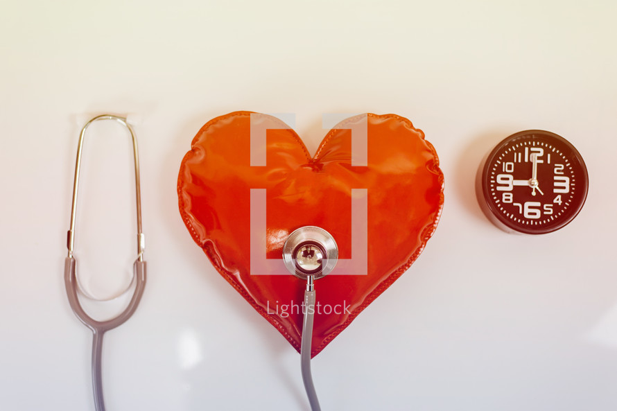 stethoscope an inflatable heart