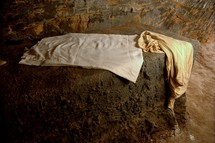 linens in the empty tomb