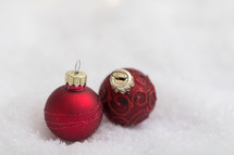 red Christmas ball ornaments