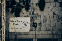 Black horse hostel sign