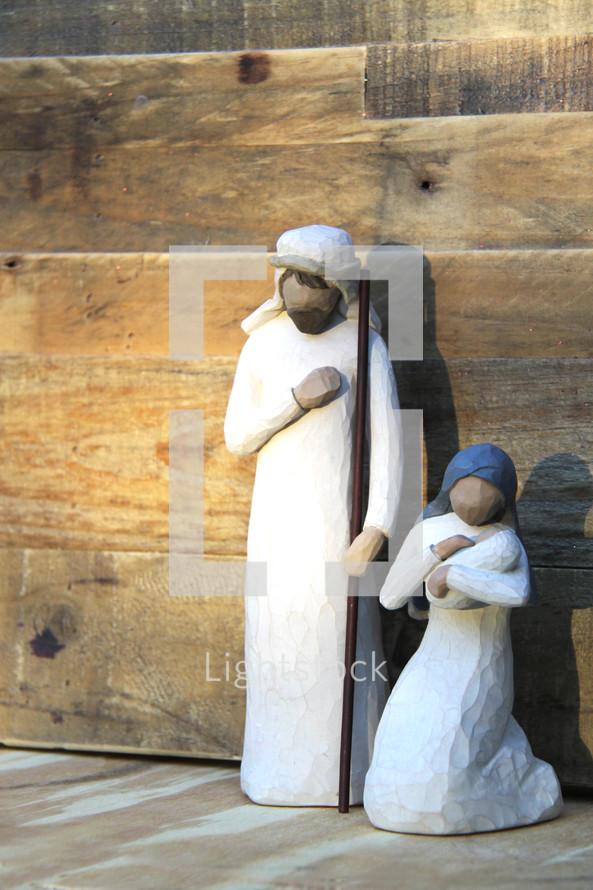 Nativity scene figurines