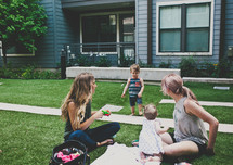 a play date picnic for mothers and kids
