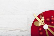 Christmas Meal Table Setting