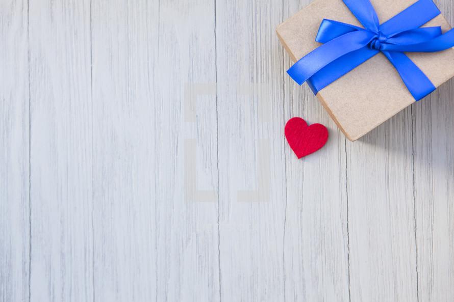 Minimal Gift Background