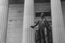 statue of George Washington at Federal Hall