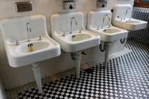 public restroom sinks