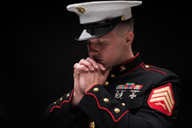 praying Marine in uniform