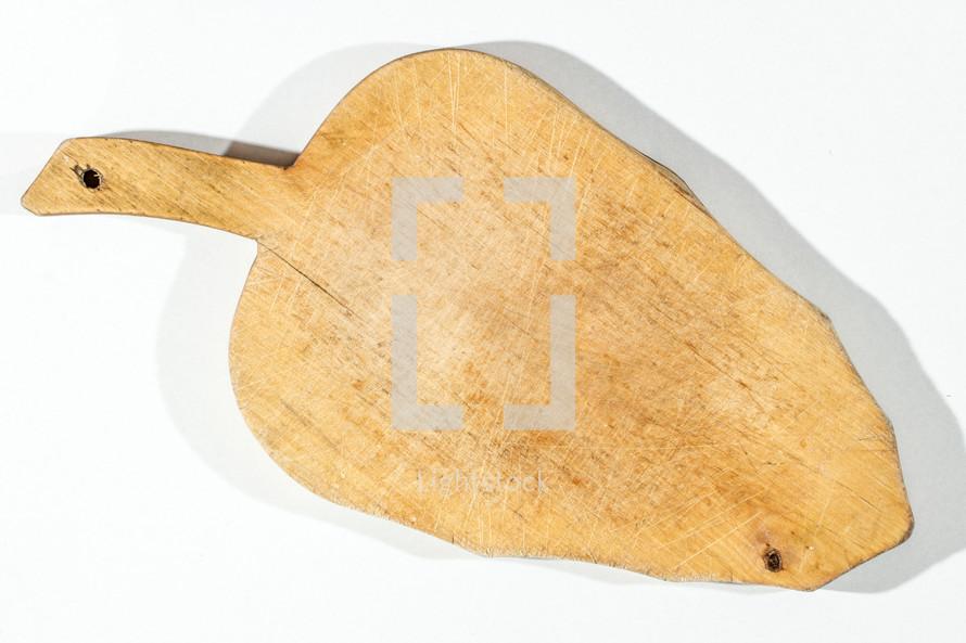 wood leaf shaped cutting board