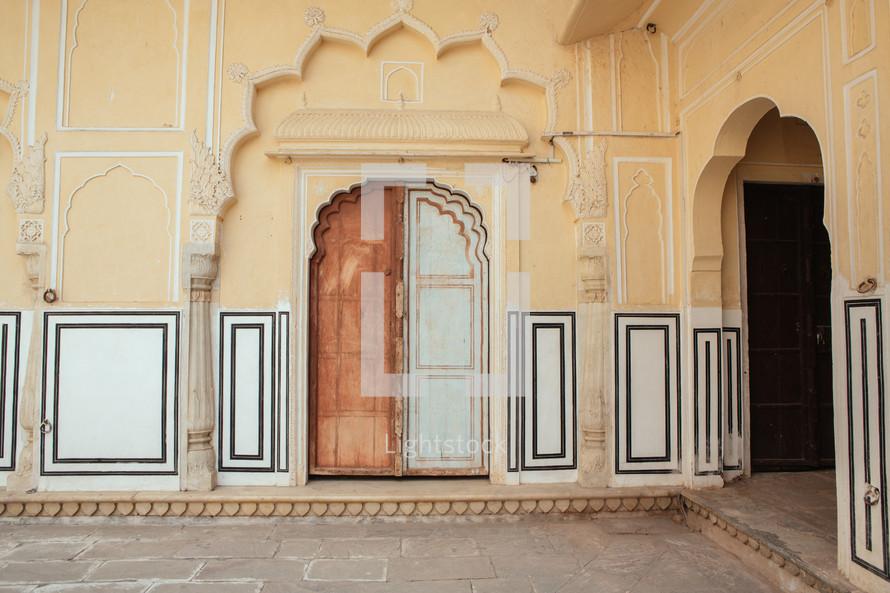 Hawa Mahal entrance
