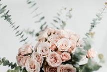 flower arrangement for mother's day