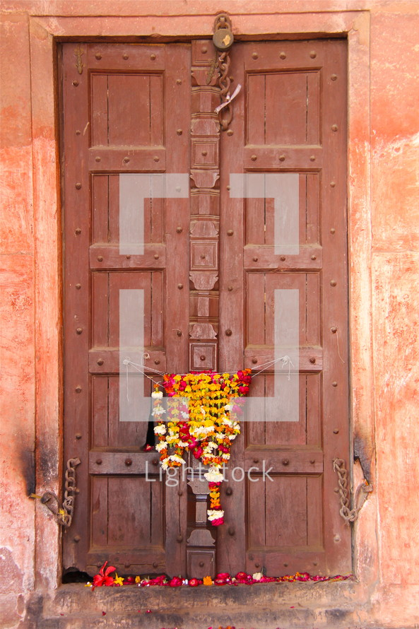 Small Hindu shrine of flowers.