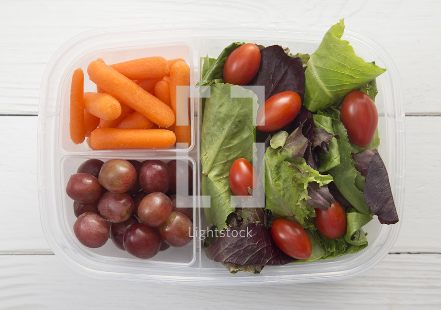 packed salad lunch