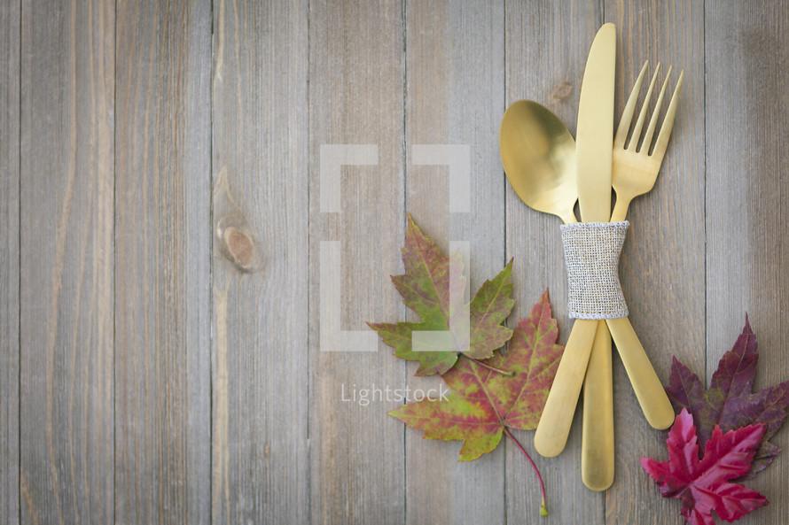 Autumn Thanksgiving Table Setting