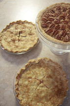 pecan and apple pies