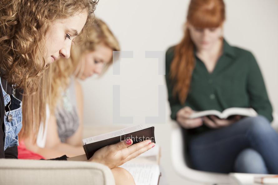 Teen girls' Bible study.