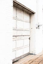 lock garage door on a warehouse