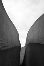 curved wall architecture