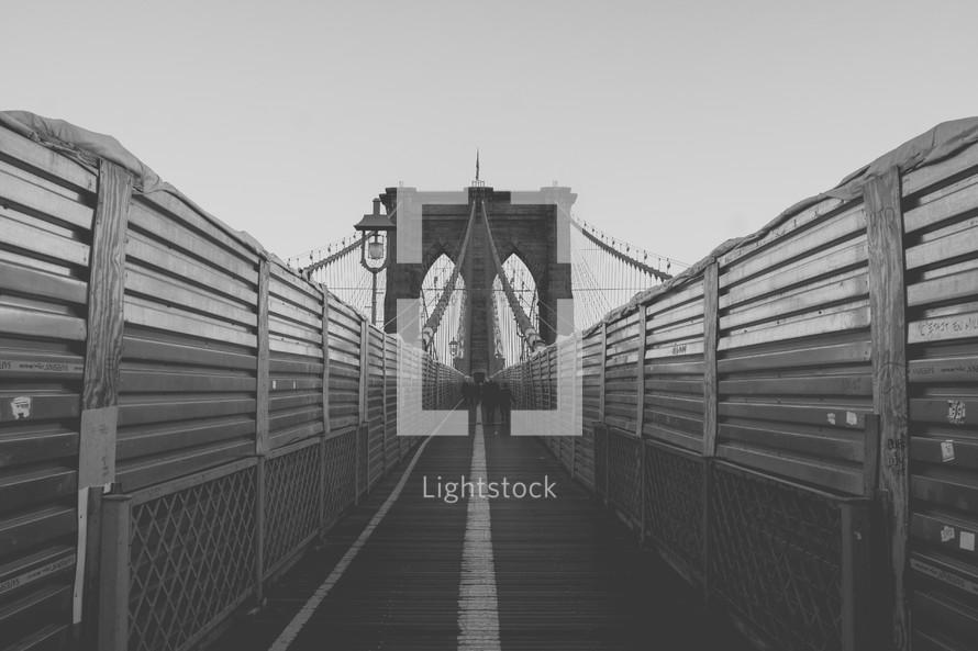 walkway over Brooklyn bridge