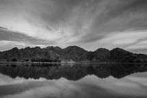 mountains behind a lake in La Quinta