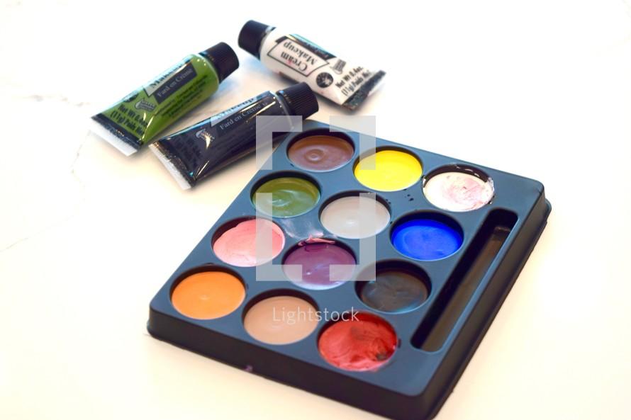 face paint pallet