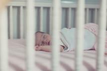 a sleeping in newborn