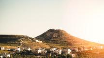 houses on mountainside