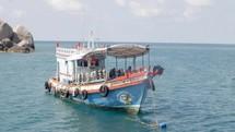 scuba tour boat