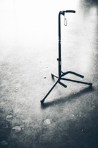 empty guitar stand