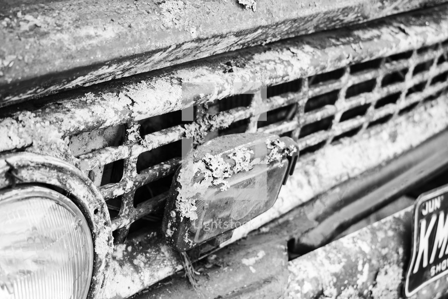 rusty truck grill