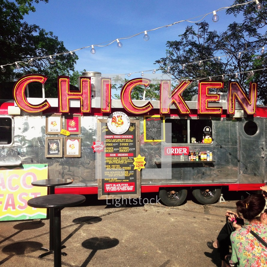 A Chicken food truck street vender