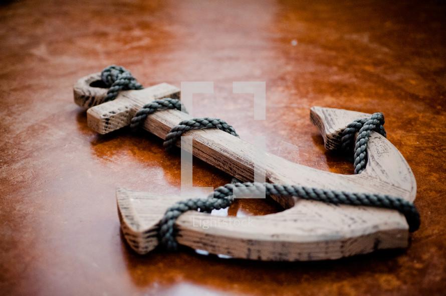 wooden anchor decor