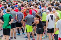 runners before a marathon
