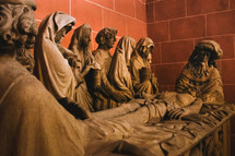 statues of the burial of Christ