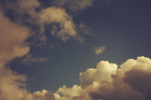 Clouds and Sunlight in a blue sky | Heaven | Glory