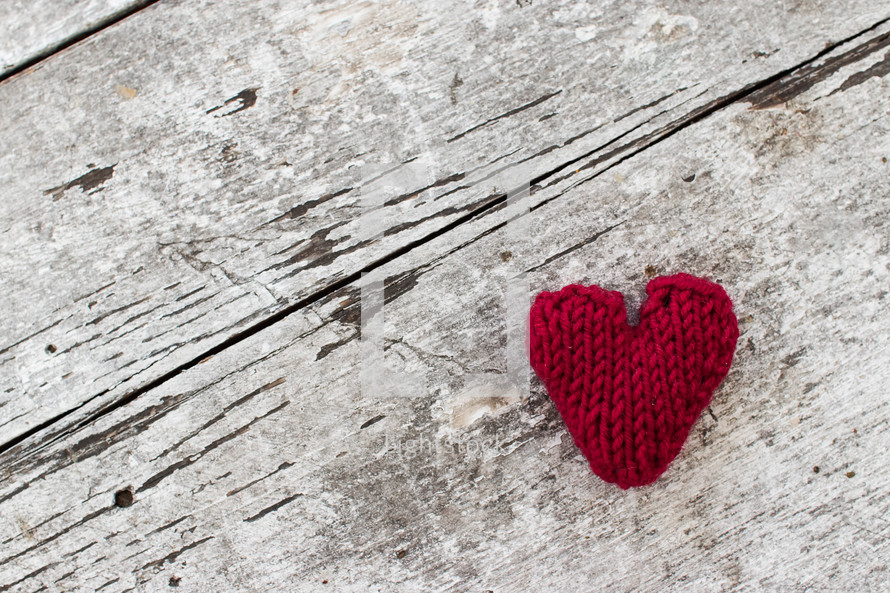 red knit heart