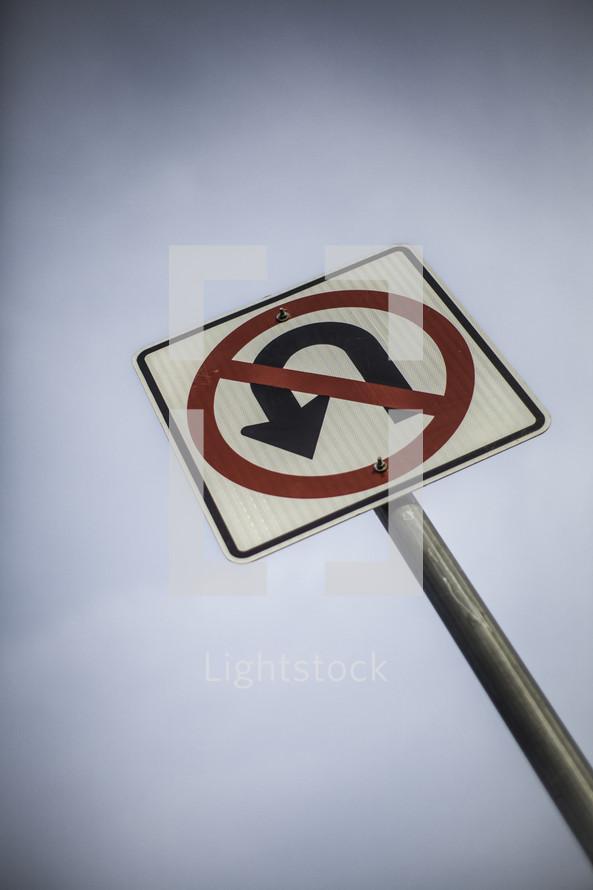 no u turn street sign
