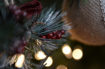 berries and burlap on a Christmas tree