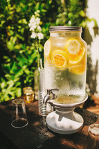 Lemonade jar with tap