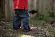 toddler boy legs and feet