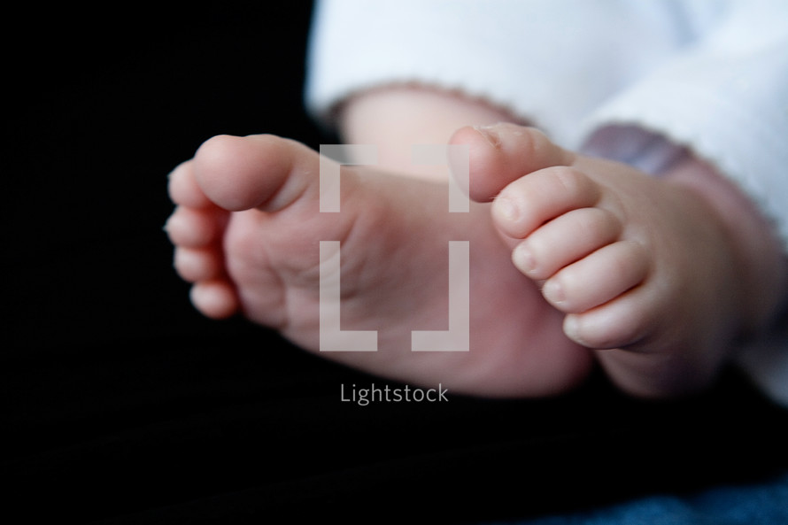 Baby's feet.