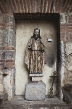 An old statue of Jesus