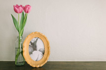 framed picture, vase, pink, tulips, flowers, mothers day