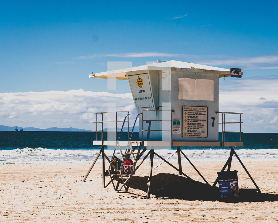 lifeguard stand on a beach